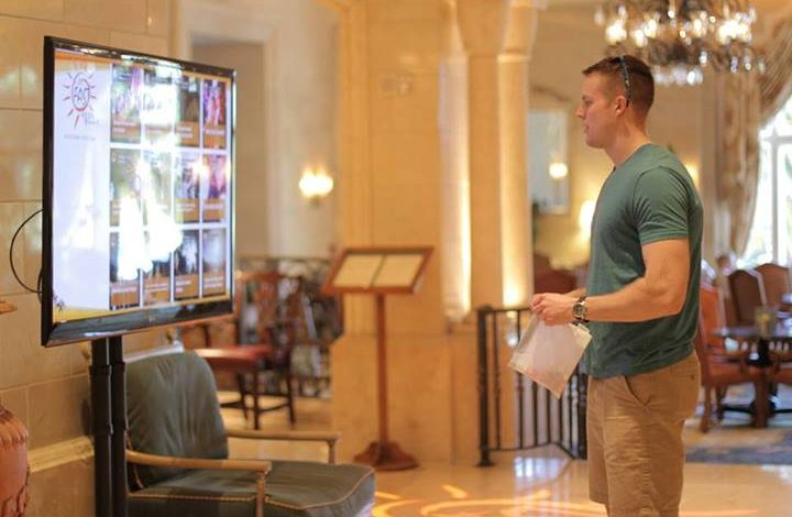 4 Ways Hotels use Social Hubs to Engage Guests