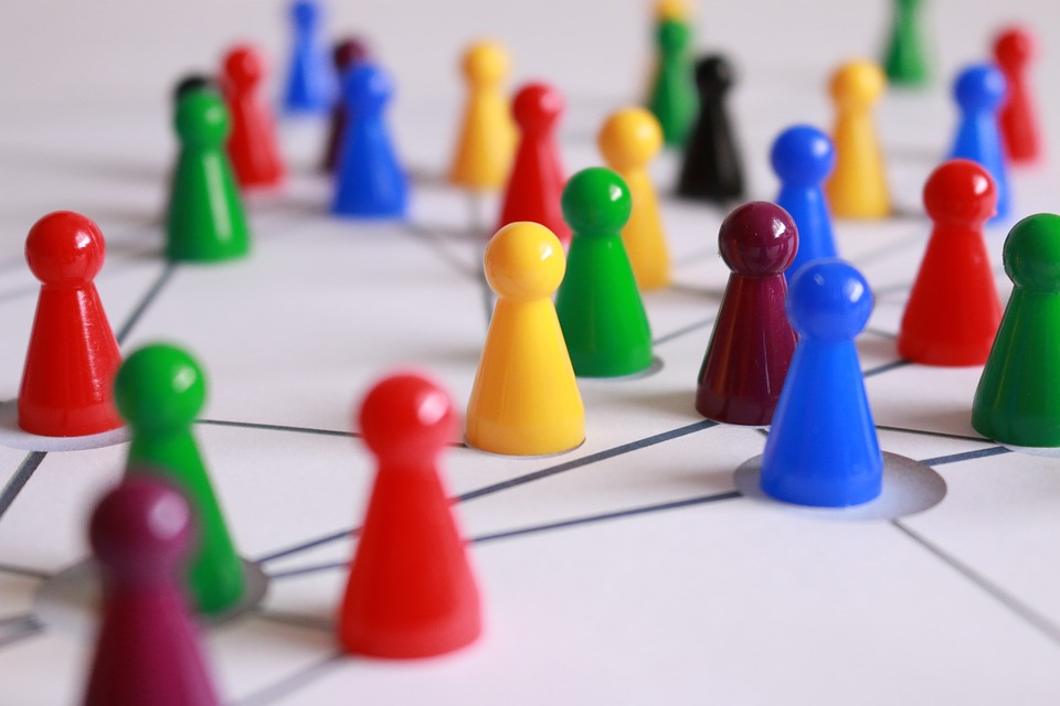 Photo representing pawns as connected users