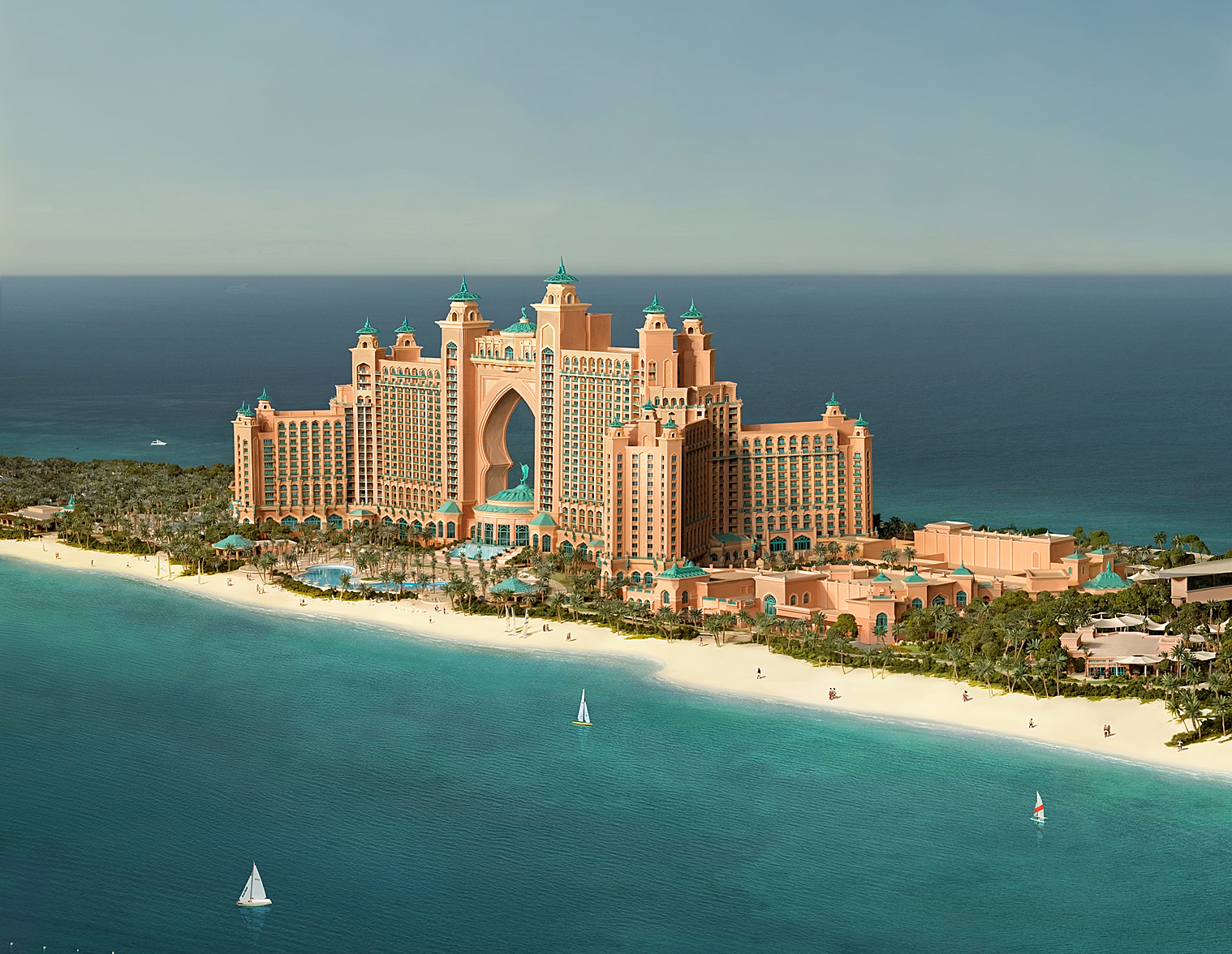 Social tv channel launch at atlantis hotel in dubai tint for Dubai luxury places