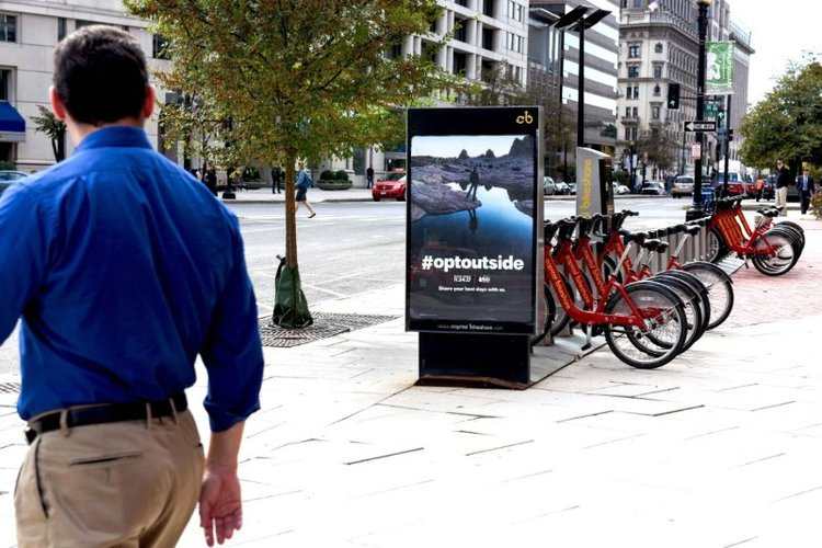 REI DOOH campaign #OptOutside using UGC